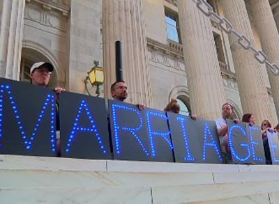 News video: Utah Gay Marriage Law Going to Federal Court